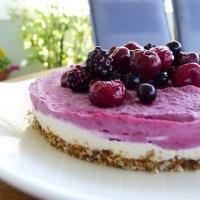 Cheesecake από κάσιους και φρούτα του δάσους